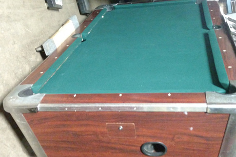 Valley Coin Operated FullSized Pool Table With Custom Felt SW - Valley coin operated pool table