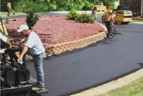 Midwest Paving & Contracting LLC
